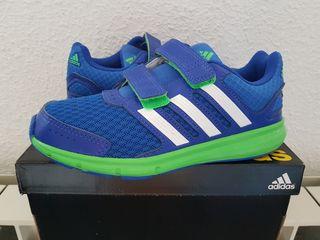 Zapatillas Adidas, talla 32, nuevas