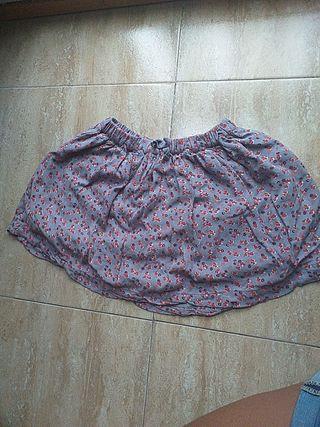 Falda gris para niña
