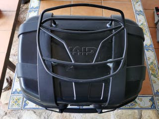 Top Case Givi Trekker 52L + Parrilla Superior.