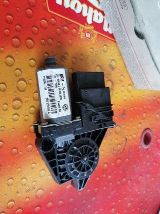 Motor elevalunas de VW Passat