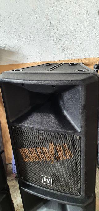 Equipo Electro-Voice Sx300