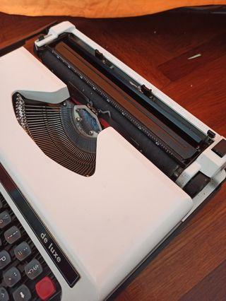 Máquina de escribir Olympiette de Luxe