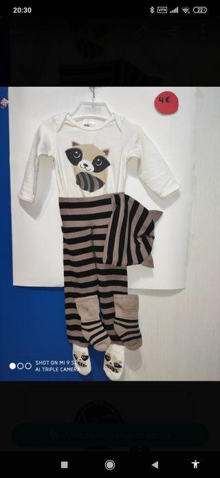 Lote de ropa de bebé. Leer descripción.