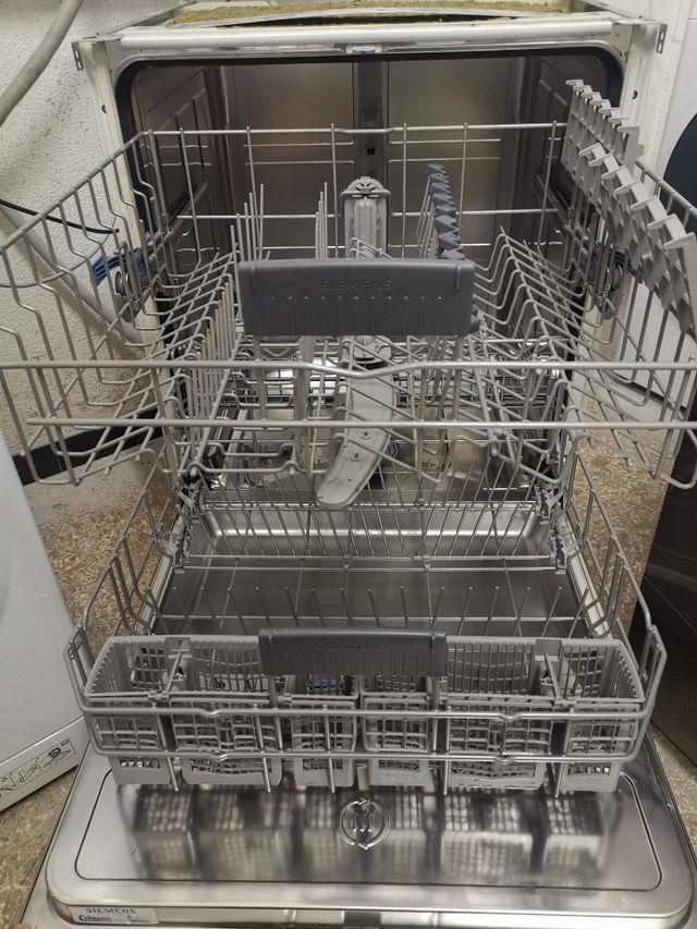 Lavavajillas Siemens 60cm integrable AAA