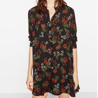 Vestido corto flores Zara