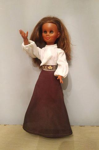 Antigua Muñeca Fanny Negra de Vicma. Año 1974