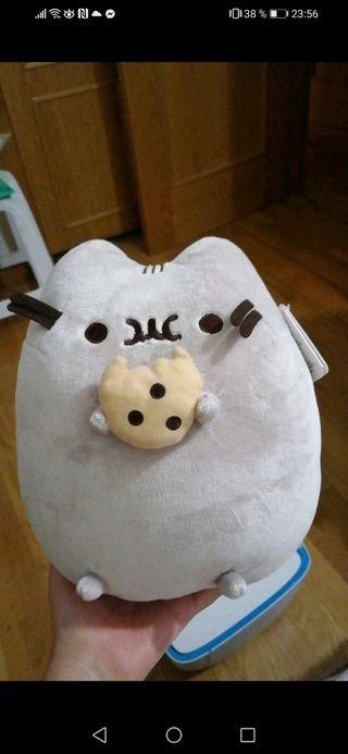 Peluche gato Pusheen galleta