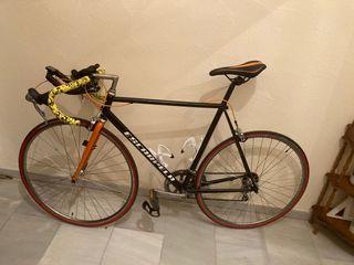 Bicicleta restaurada triatlon
