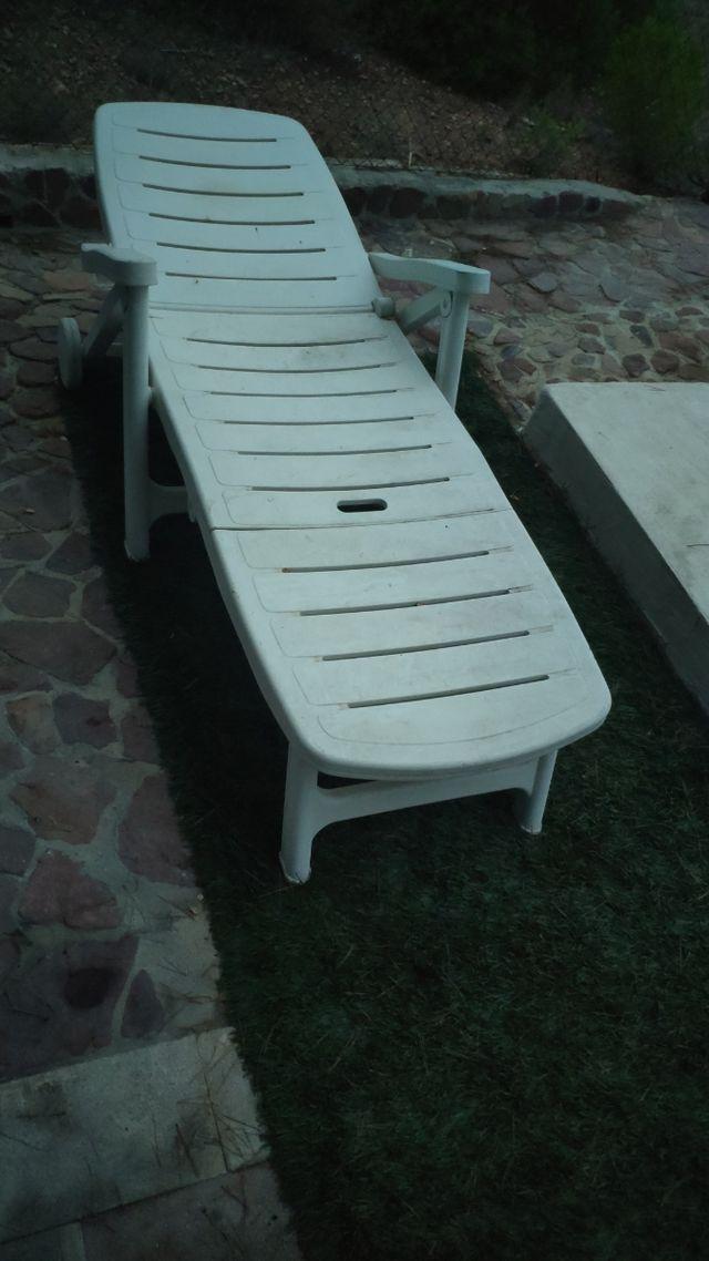 Dos hamacas plegables para piscina jardín