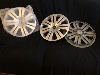 "Tapacubos originales S-Max C-Max de Ford 16"""