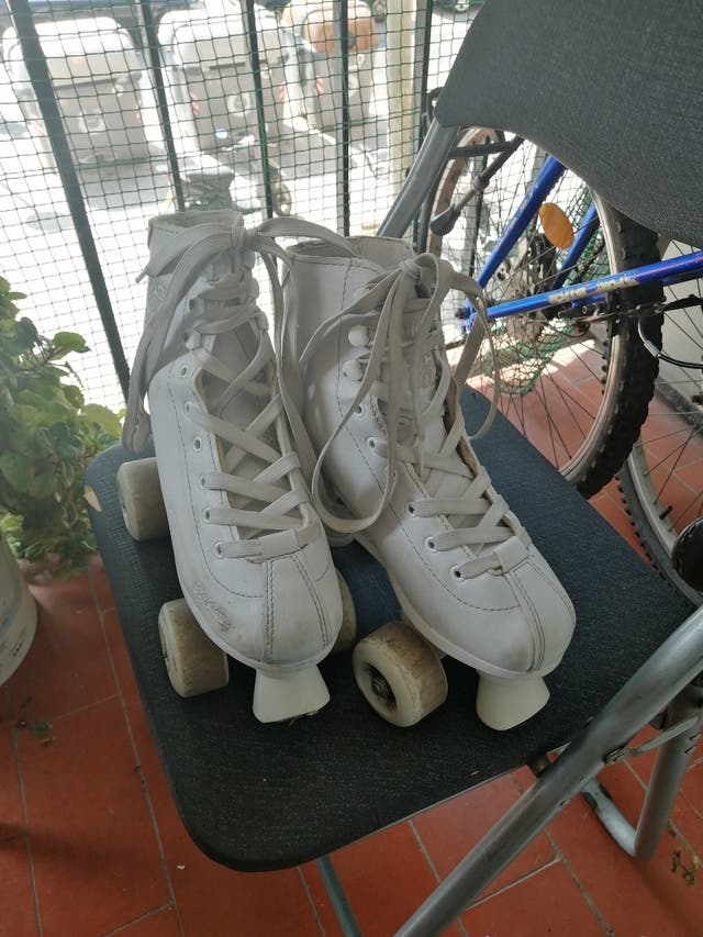 patines 4 ruedas más bolsa n35