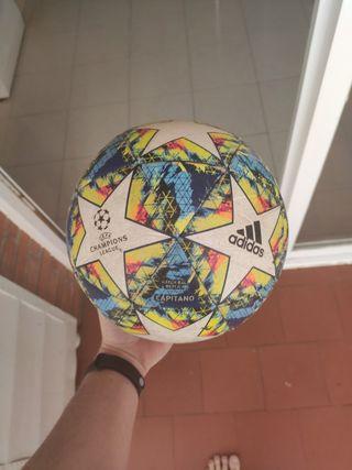 balón Adidas Champions leage