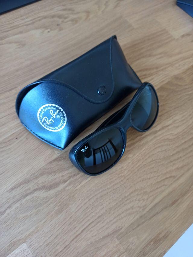 Gafas de sol Ray Ban RB4139 negro