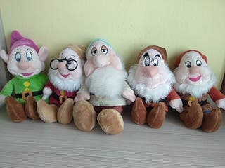 Peluches enanitos Blancanieves