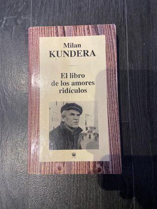 """LIBRO """" EL LIBRO DE LOS AMORES RIDÍCULOS"""""""