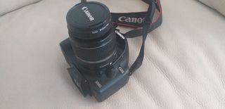 Cámara Reflex Canon EOS 500D + 2 Objetivos