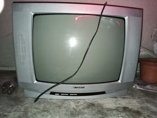 """tv 27"""" con mando"""