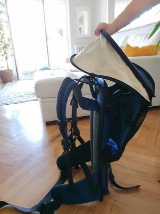 mochila portabebes montaña Deuter. sin usar