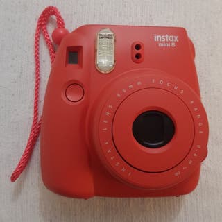 Camara fujifilm instax mini 8