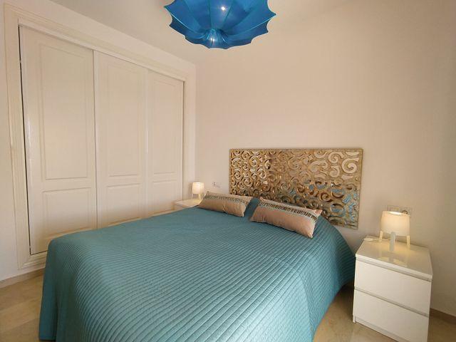 Piso vacacional en Estepona, 1 dormitorio, 1 baño (Urbanización Puerto de Estepona, Málaga)