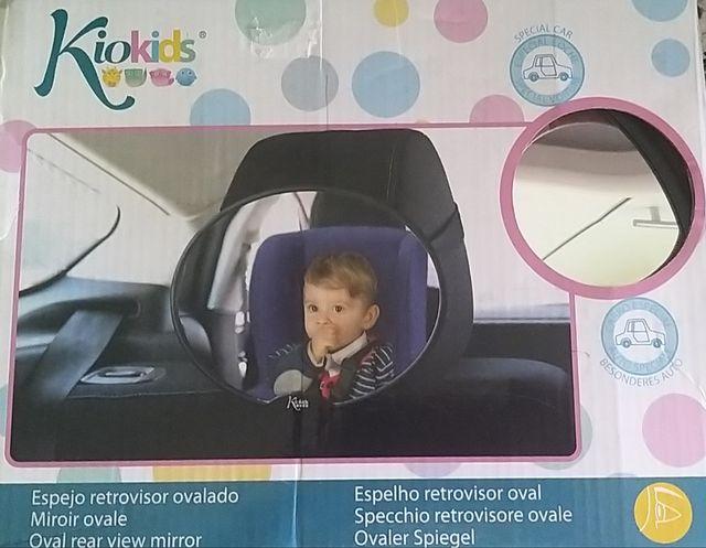 Espejo retrovisor de bebés para el coche