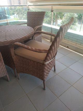 conjunto mesa y 4 sillas terraza