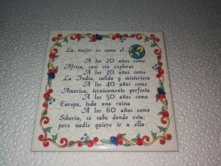 baldosa azulejo con frase
