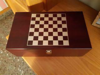 ajedrez de plastico
