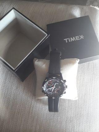 reloj con brújula TIMEX , modelo 1854