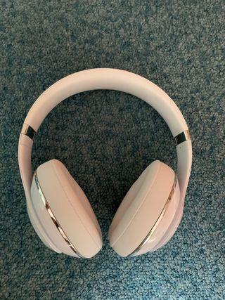 Beats STUDIO wireless/inalámbricos blancos