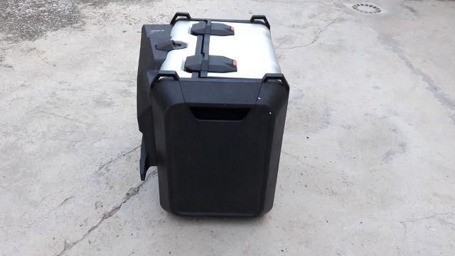 maleta con cierre defectuoso