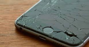 Se arreglan pantallas de moviles (Yepes)