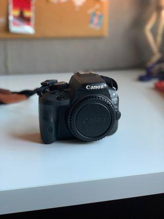 Canon Réflex EOS 100D