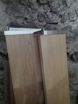 Baldas de madera de Ikea