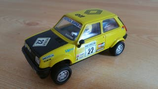 Renault 5 Copa scalextric