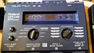 Roland GR 09 sintetizador de guitarra