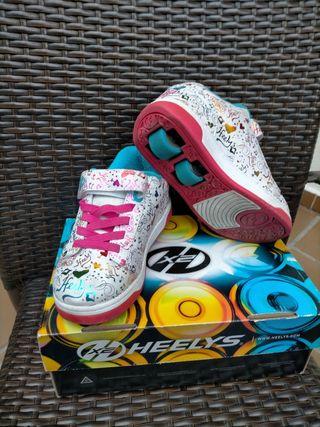 Zapatillas de ruedas Heelys numero 33 Sirven para