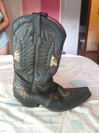 botas cowboy de piel