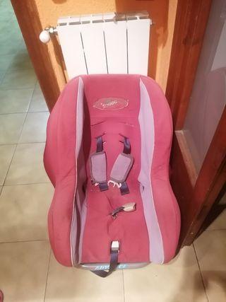 silla de niño/ niña para cotxe
