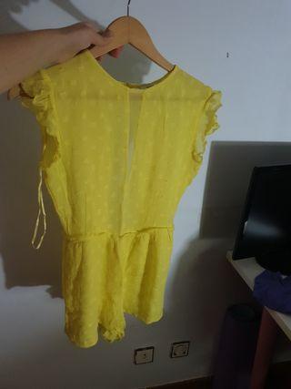 amarillo con lunares
