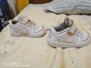 Zapatillas Nike y Adidas bebé