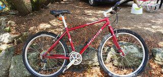 se vende bicicleta de montaña