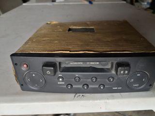 Radio-cassette universal
