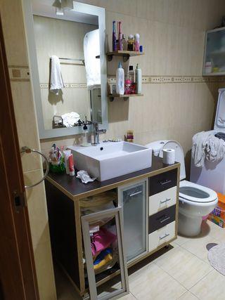 Mueble baño, lavabo, espejo, estanterías
