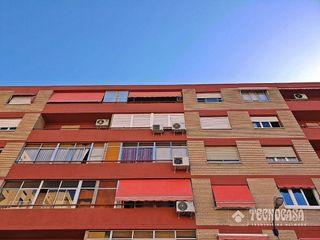 Piso en venta en La Granja en Zaragoza