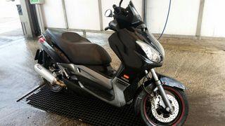 Yamaha X-MAX 250cc del 2007 solo 40.000km
