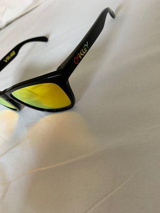 Gafas de sol OAKLEY.