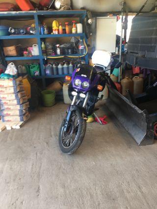 Moto aprilia pegaso 125