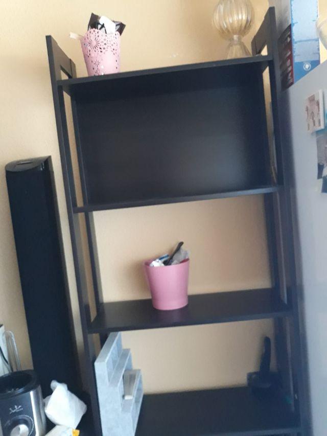 Repisa IKEA con 4 baldas