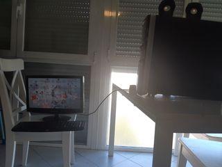 PC HP Pavilion, con teclado y ratón inalámbricos,